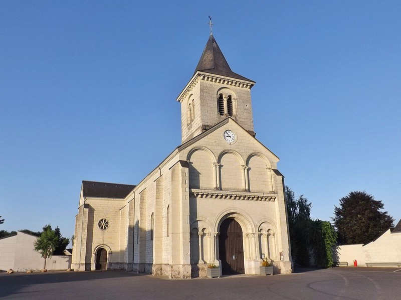 Eglise Saint-Paul de Vivy - source : Wikimedia Commons