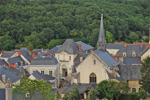 village de Fontevraud © R GARRATT