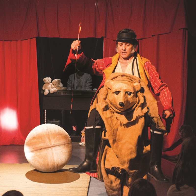 19/10 : SPECTACLE JEUNE PUBLIC À SAINT-GEORGES-SUR-LAYON - QUE LE GRAND CIRQUE TE CROQUE