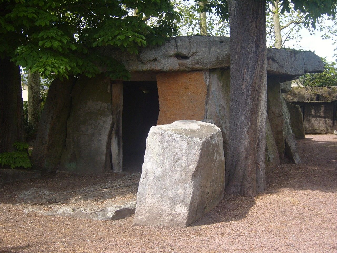 Grand Dolmen de Bagneux ©  S. Normand