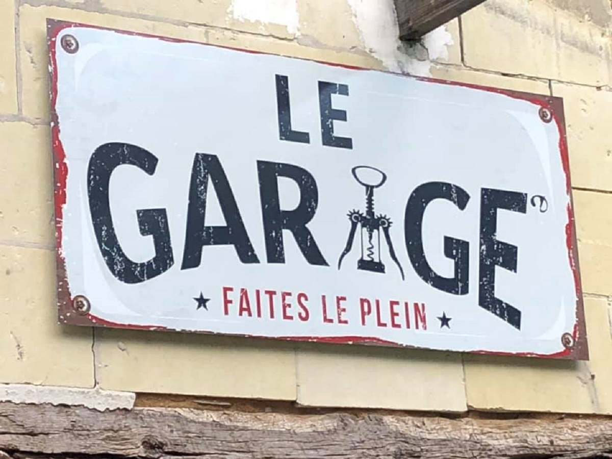 BISTROT / BAR A VINS - LE GARAGE