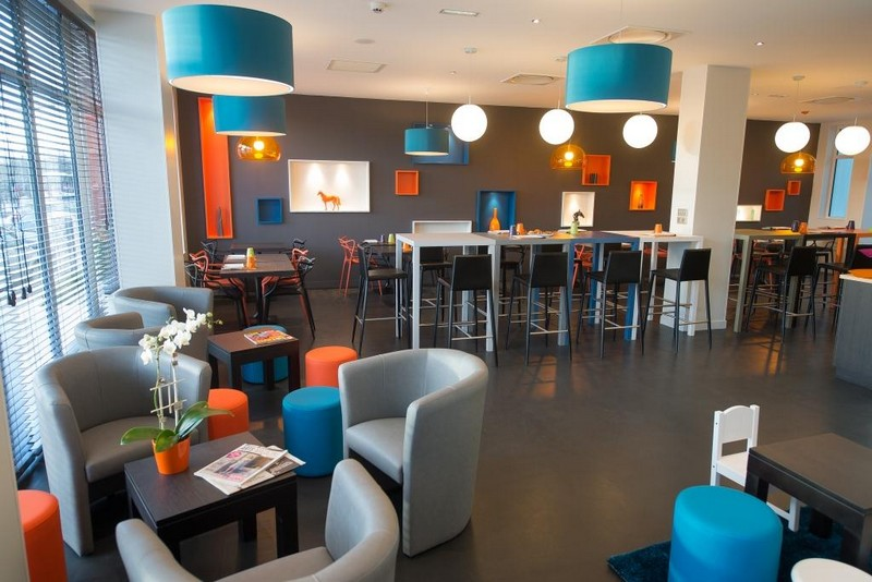 Ibis styles hotels saumur gare centre for Hotels saumur